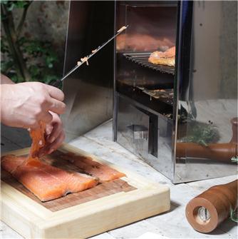 Affumicare il salmone senza lische