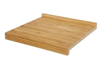 Tagliere in bambu con bordo. Modello piccolo.