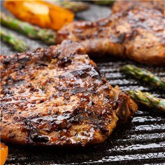 Barbecue: le costolette di maiale in salamoia affumicate