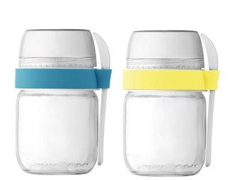 2 vasetti da asporto per yoguertiera color giallo e blu.